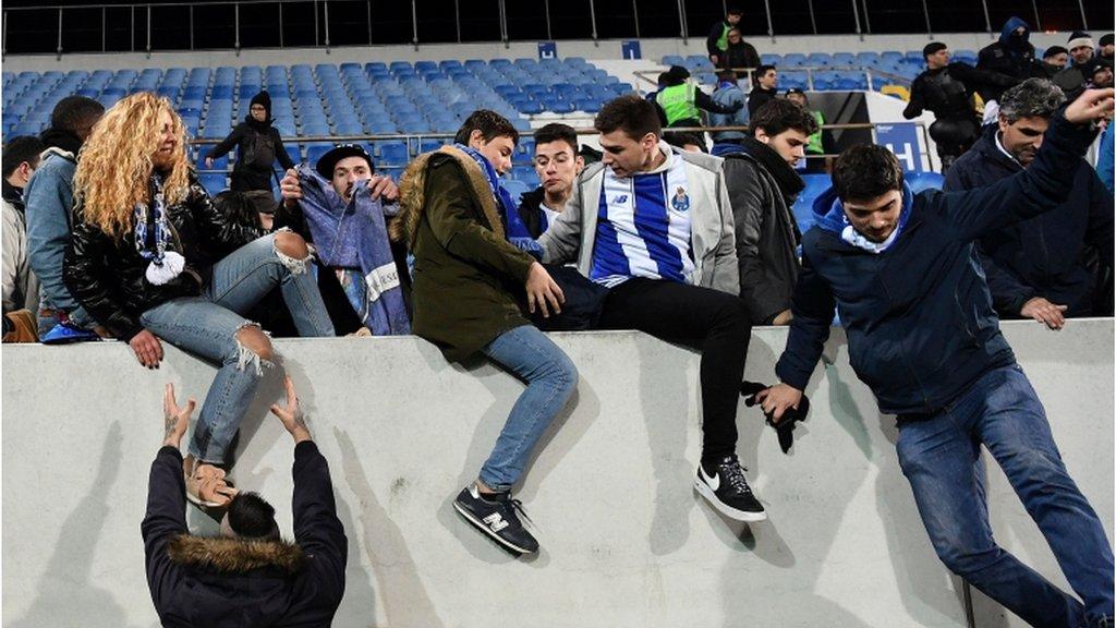 Estoril v Porto abandoned after cracks appear in stadium