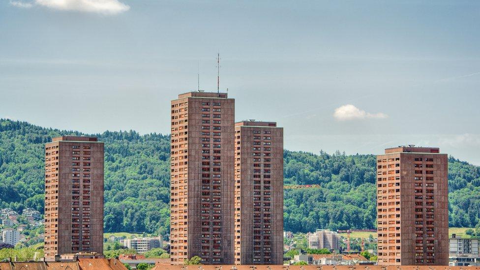En Zúrich los inversionistas tienen que destinar un 33% de sus proyectos a viviendas que no generan utilidades.