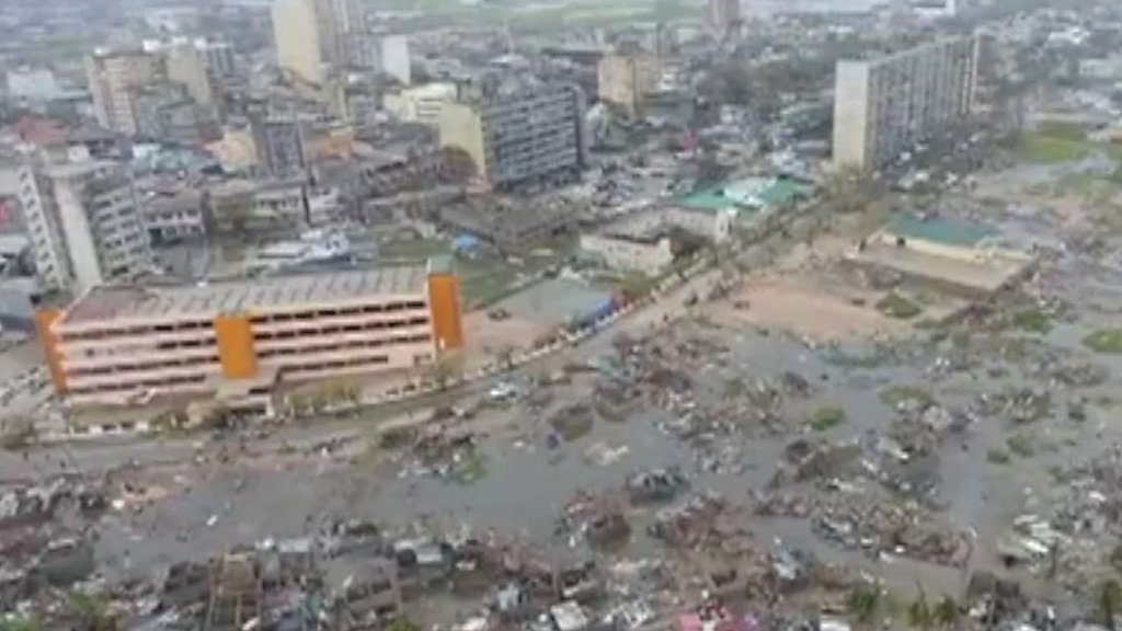 Cyclone Idai brings devastation to Mozambique port city of Beira