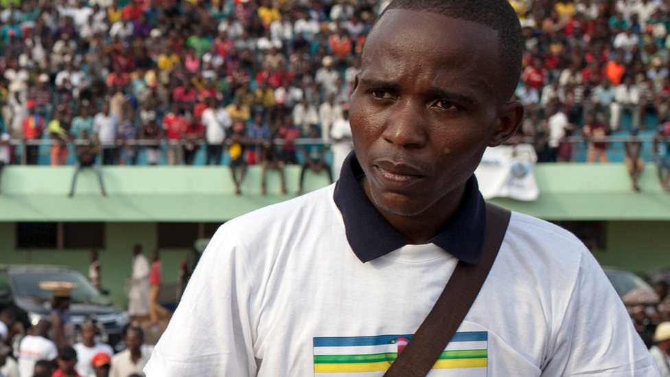 Central African Republic concert attack: Grenade survivor sings for peace