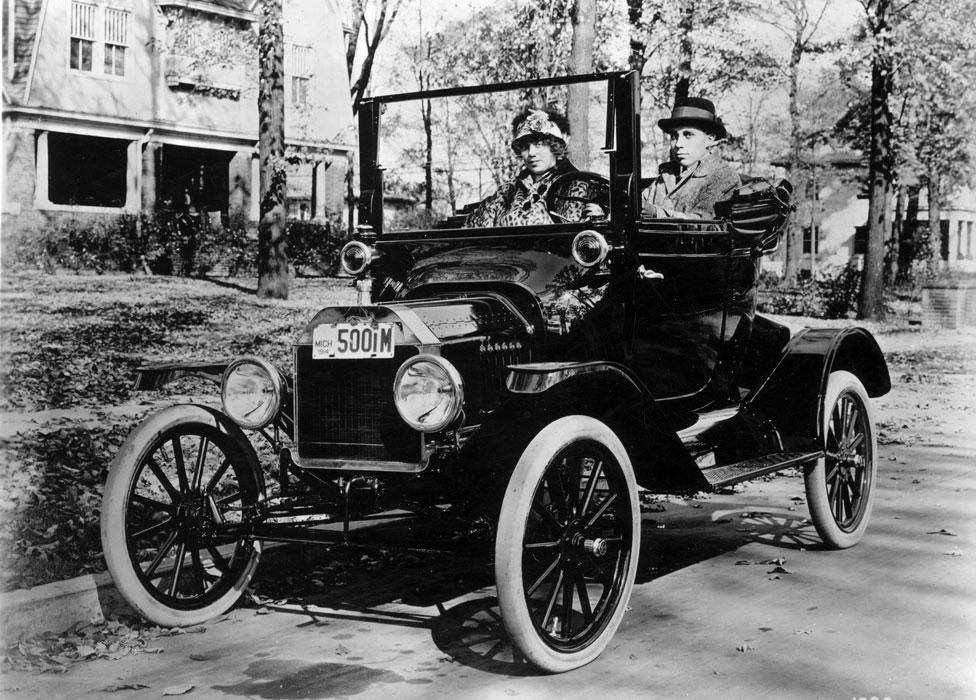A comienzos del siglo pasado todos los autos se vendían como pan caliente pero de a poco el público se fue poniendo más exigente.