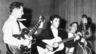 BBC News - Elvis guitarist Scotty Moore dies aged 84