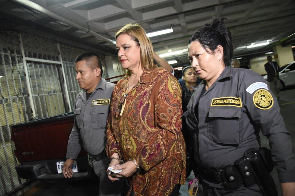 Anahy Keller, la que fuera subsecretaria de Protección y Acogimiento a la Niñez y la Adolescencia, es una de las arrestadas en relación al caso del Hogar Seguro Virgen de la Asunción.