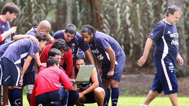 Bielsa transformó a la selección chilena de fútbol, dese el sistema de juego hasta la manera de entender el fútbol