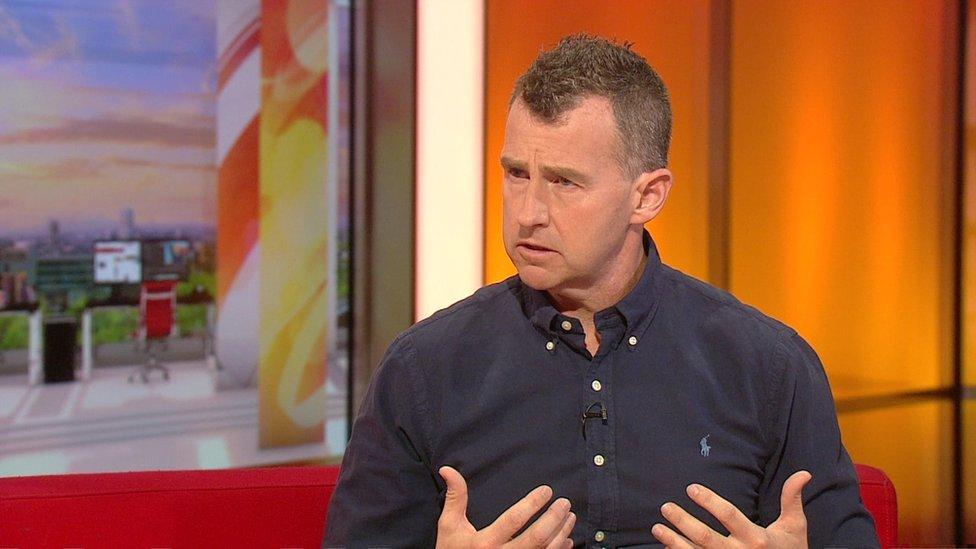 Nigel Owens, árbitro de rugby