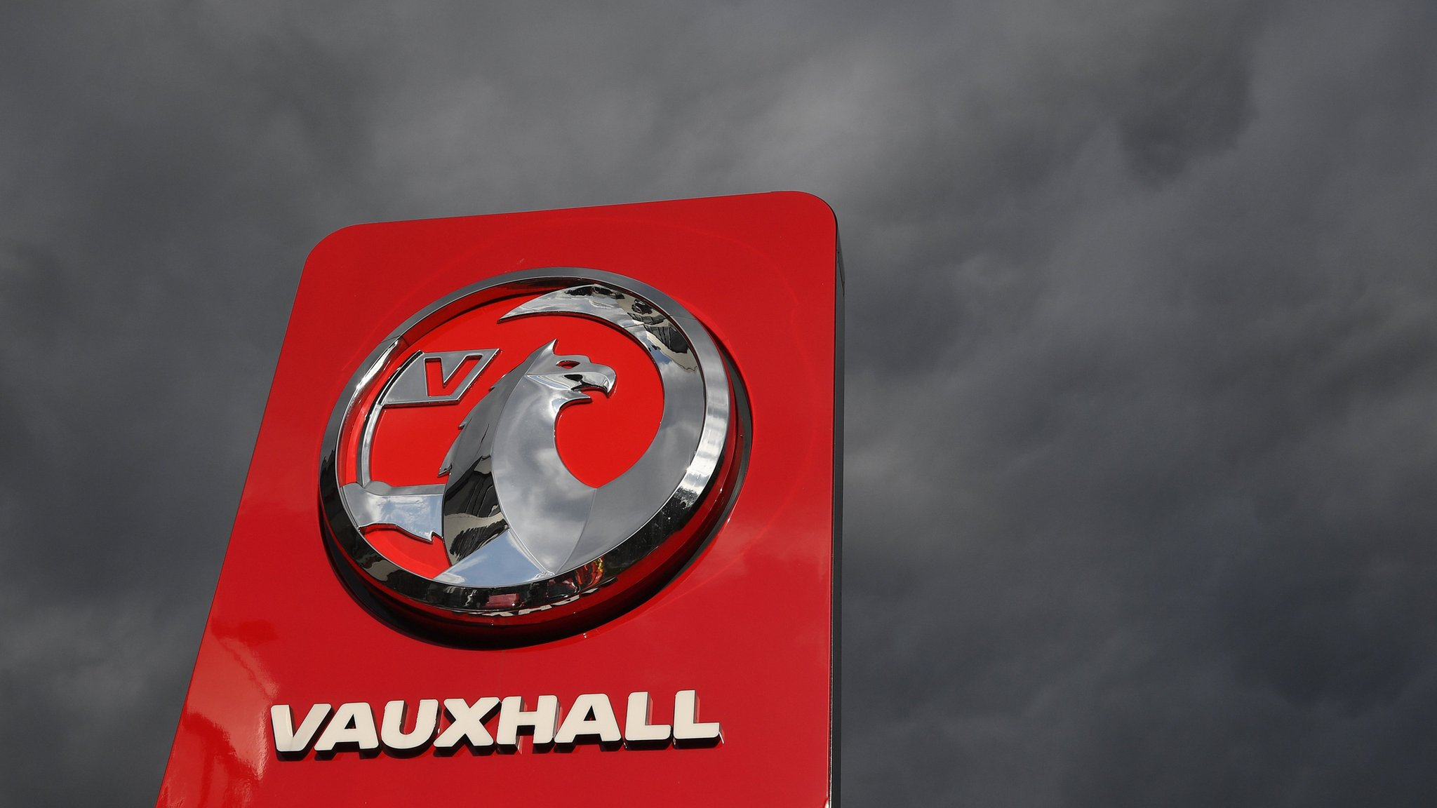 UK Vauxhall pensions 'could scupper GM Peugeot sale'