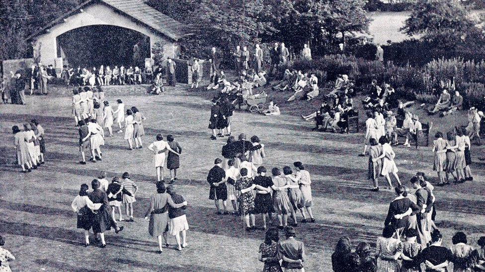 A summer dance in the grounds of Rowheath in 1942
