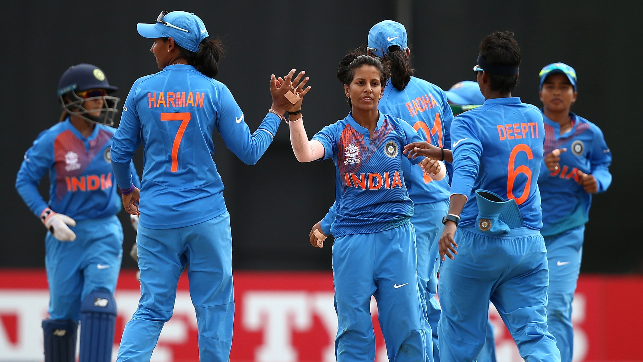 India beat Australia to top Women's World Twenty20 group