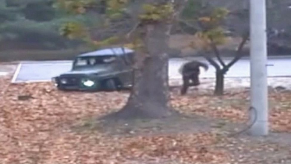 North Korea defection: Footage of moment soldier flees
