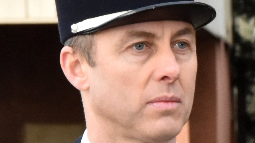 Arnaud Beltrame: France lauds policeman who swapped with hostage