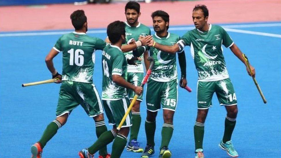 کوالیفائنگ راؤنڈ میں مایوس کن کارکردگی کے بعد فرحت خان ہاکی ٹیم کے نئے ہیڈ کوچ مقرر