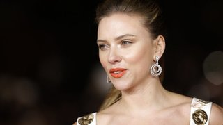 BBC - Newsbeat - Scarlett Johansson is highest-grossing female actor, says website Box Office Mojo