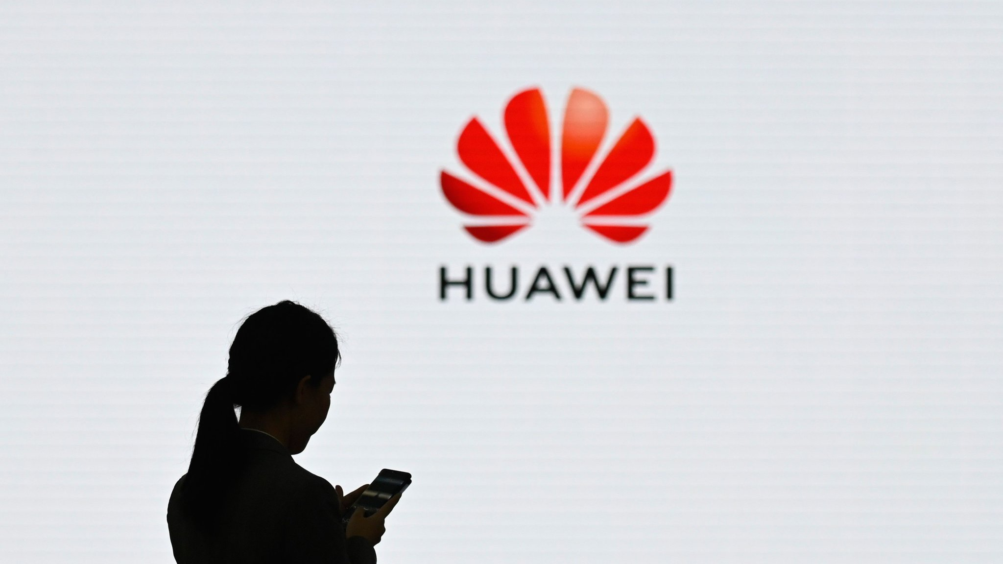 Huawei leak row: Government 'cannot exclude' criminal investigation