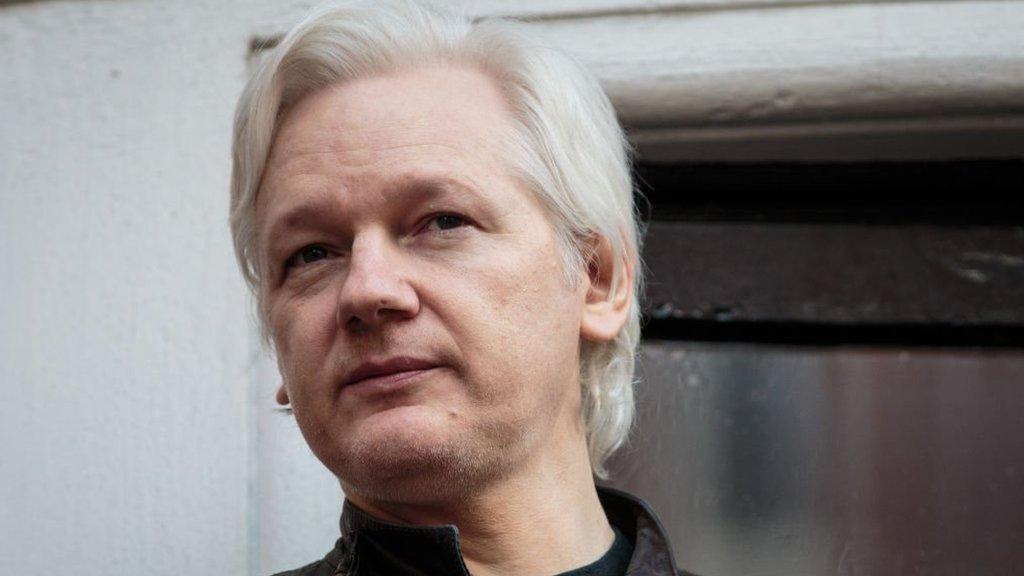 Julian Assange, le co-fondateur de Wikileaks, arrêté à Londres