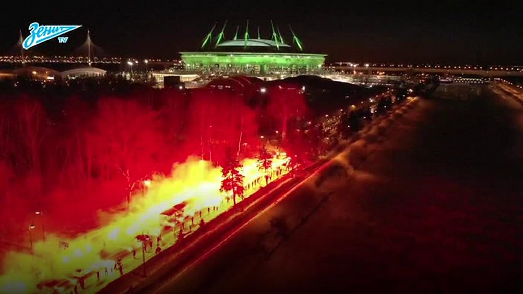 Zenit FC greeted by spectacular flaming honour guard