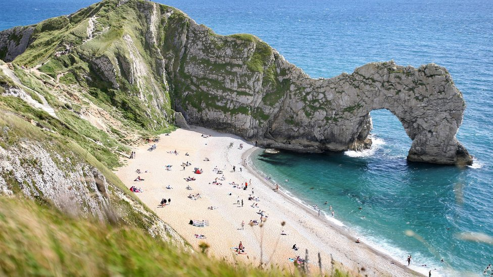 Durdle Door sea death: 'Freak wave' washed Rose Carter out to sea