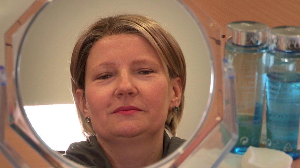 Cancer treatment patients get beauty workshops