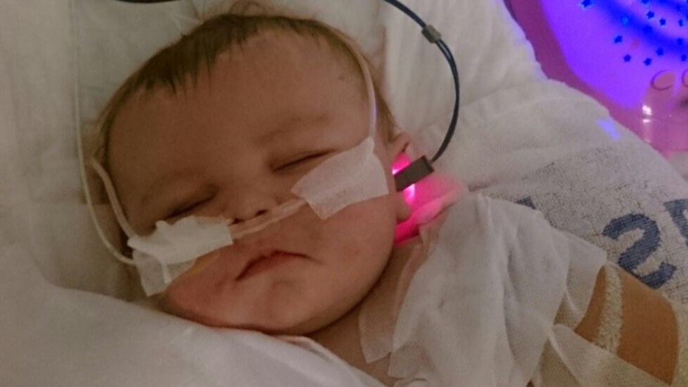 Kia Gott: Meningitis C girl's father slams vaccination decision