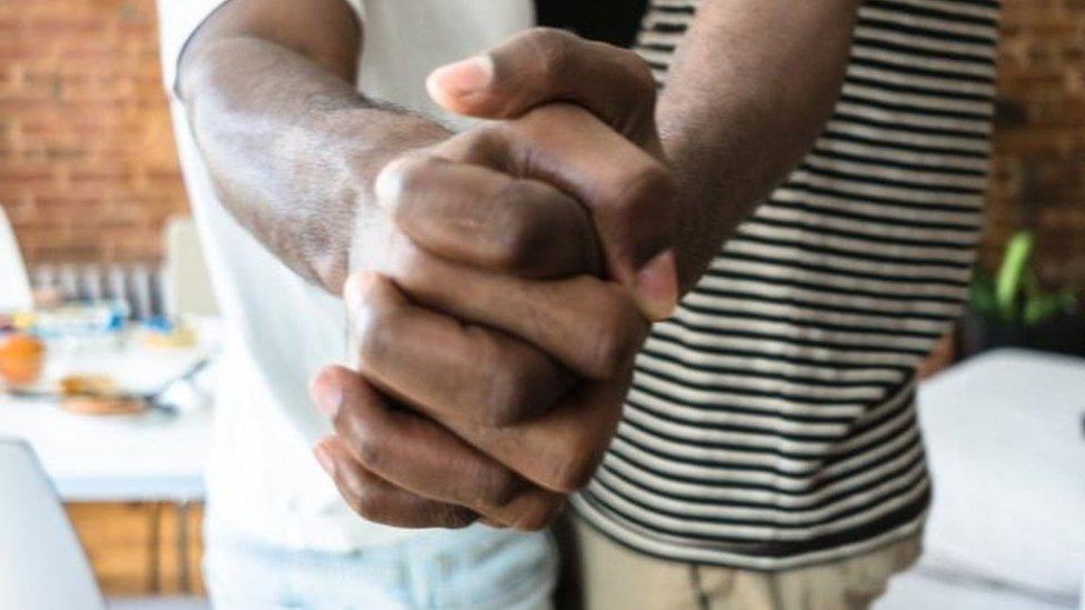 Fogyhat-e valaki hiv-lel. HIV-vel élőknek | Anonim AIDS Tanácsadó Szolgálat