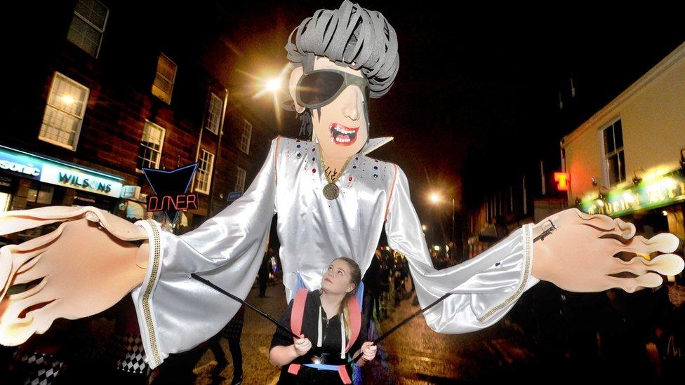 Thousands enjoy Big Burns carnival