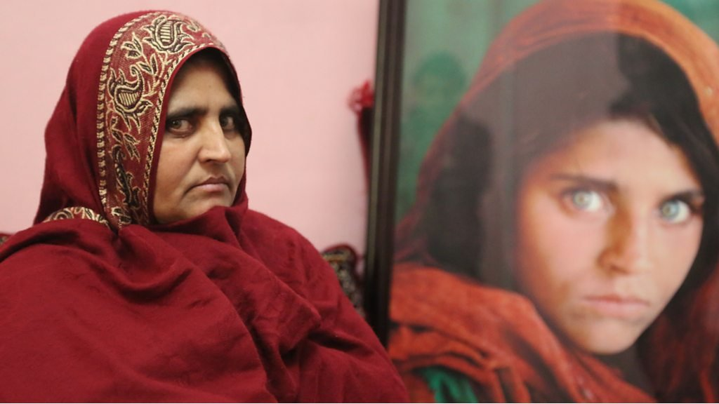 Image result for 'Afghan girl' Sharbat Gula in quest for new life