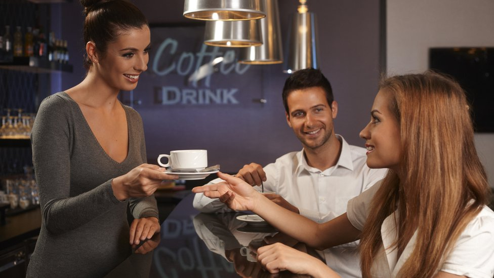 Hay gente que dice poder tomar una taza de café en la noche sin afectar su sueño.