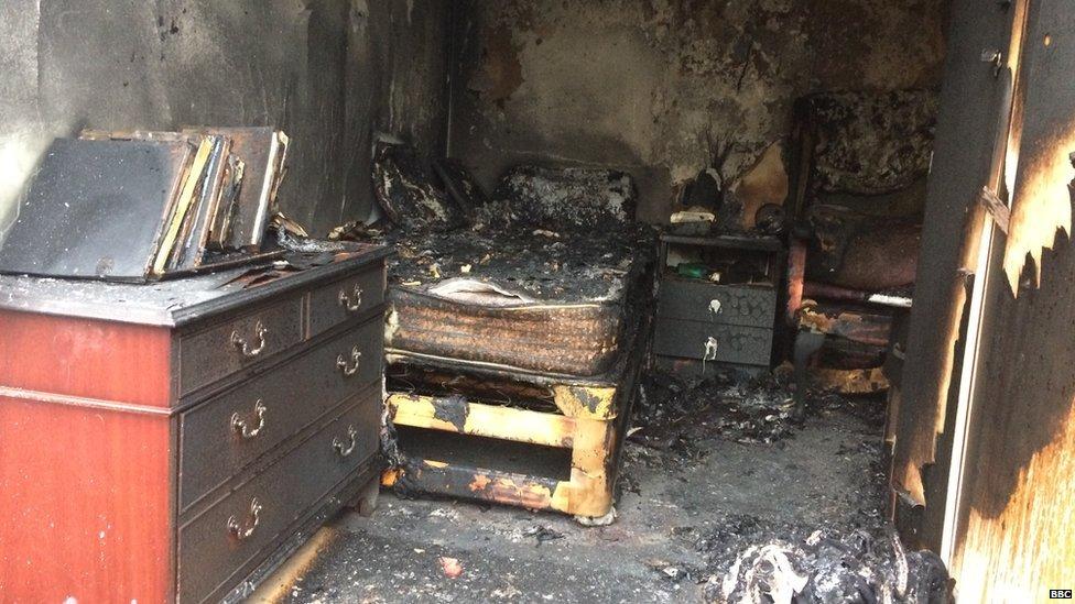 Prueba de incendio en Derbyshire