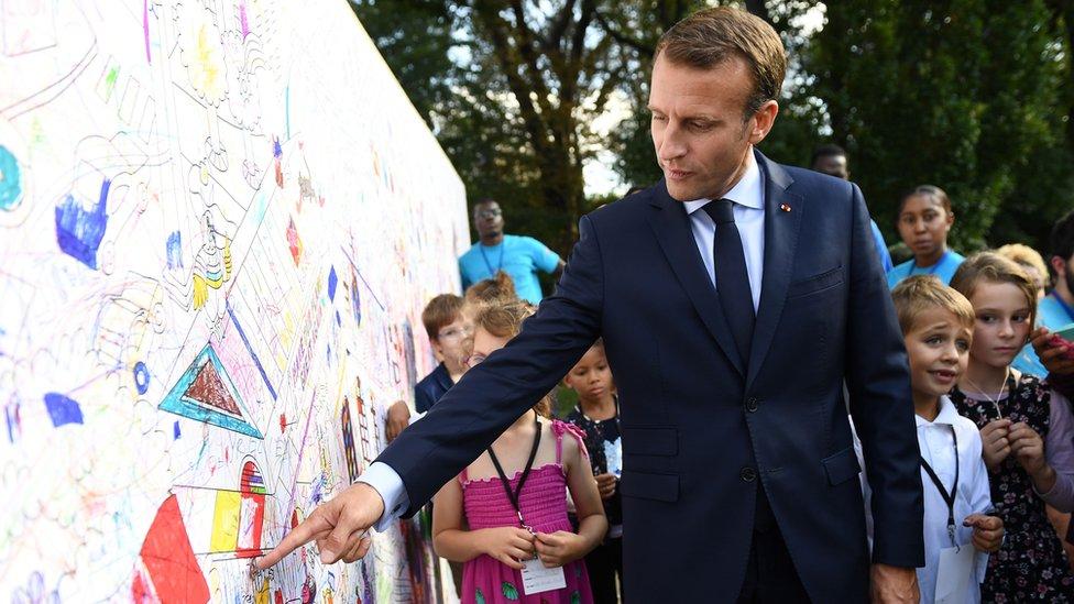 French jobseeker tells Macron to help him find work | BBC