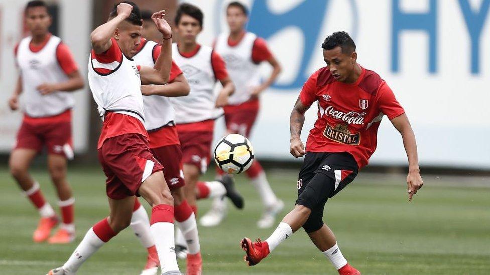 Perú inicia su camino en el repechaje frente a Nueva Zelanda este viernes.
