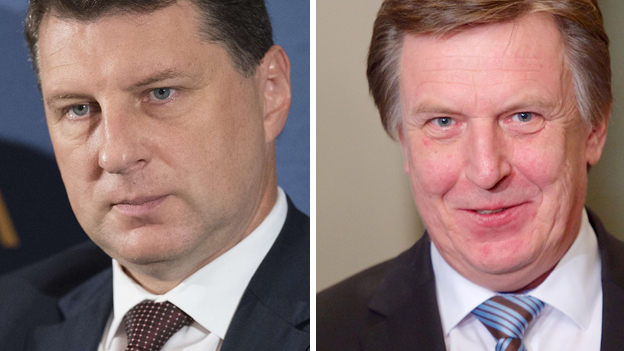 Latvian President Raimonds Vejonis (left) and Prime Minister Maris Kucinskis
