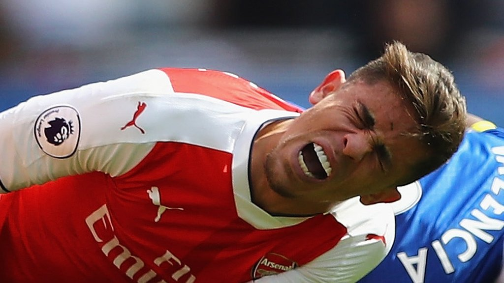 Arsenal defenders Gabriel & Koscielny out of FA Cup final