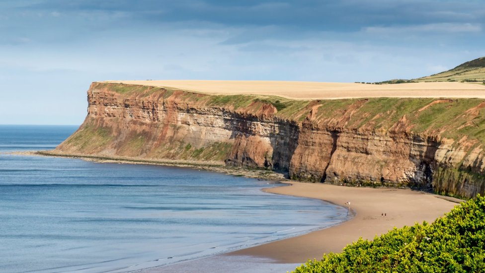 Two teenagers' bodies found at bottom of Saltburn cliff