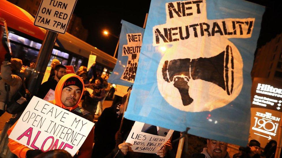 Le decisión generó protestas en Estados Unidos.