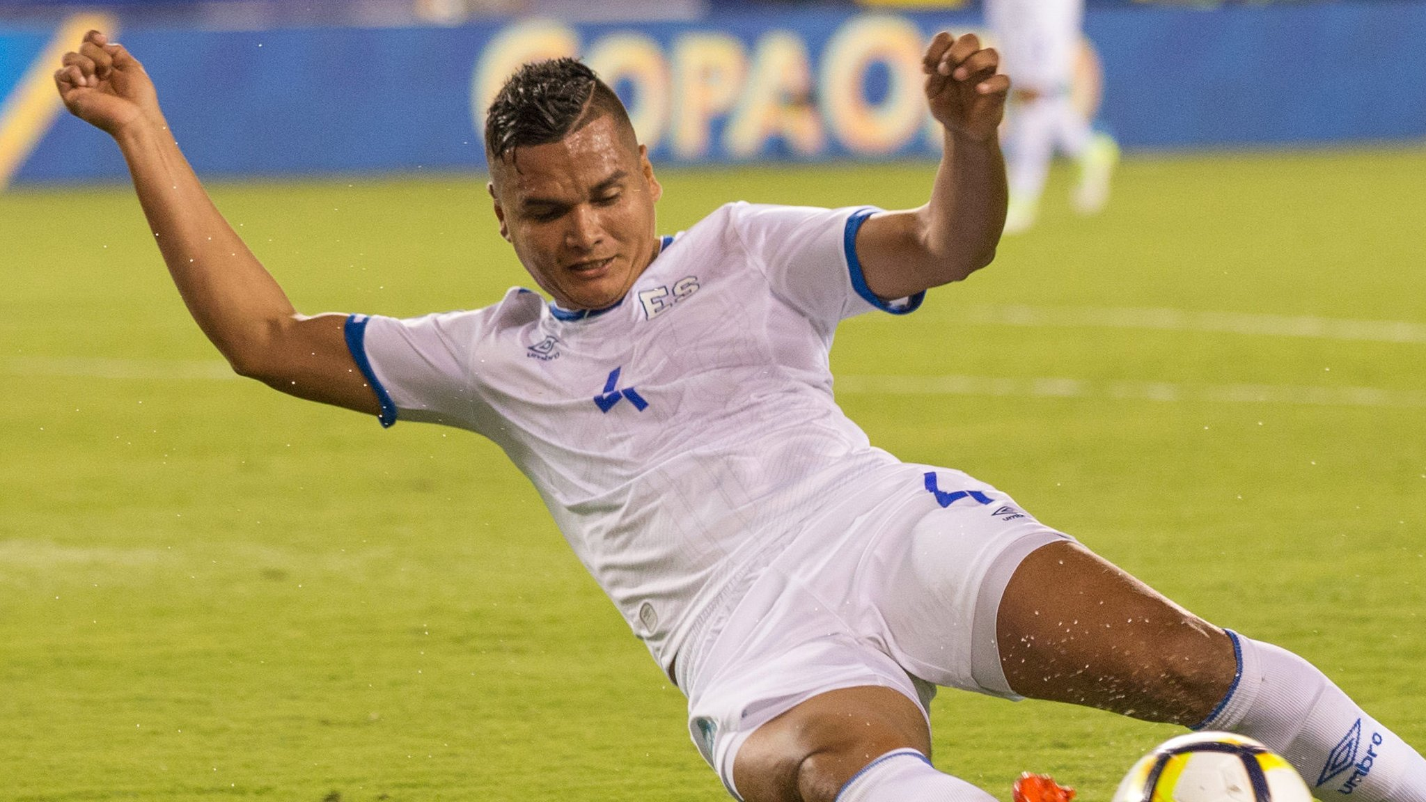 El Salvador's Romero gets six-game ban for Altidore bite