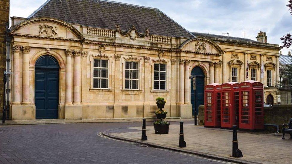 Head teachers criticise Northamptonshire education cuts