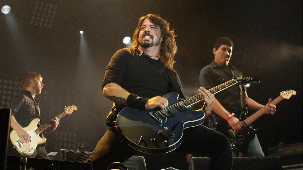 Foo Fighters to headline Glastonbury