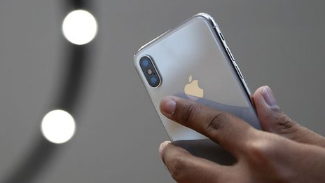 Apple denies iPhone import ban in China