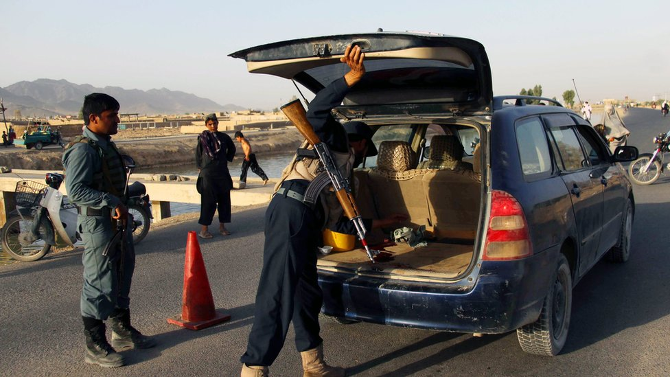 Afghanistan: Taliban 'kidnapped dozens' of villagers