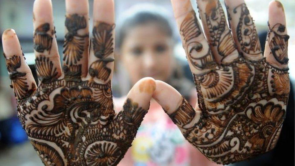 কাশ্মীরে কেন বিয়ের অনুষ্ঠান বাতিল করছে বহু পরিবার