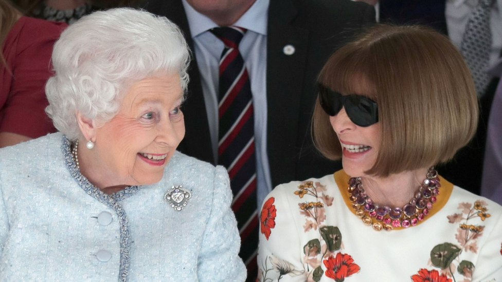 The Queen on the 'frow' at London Fashion Week
