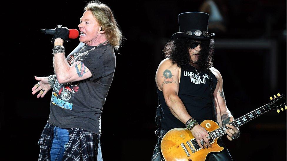 BBC News - Guns N' Roses yell 'Hello Sydney' - to Melbourne crowd
