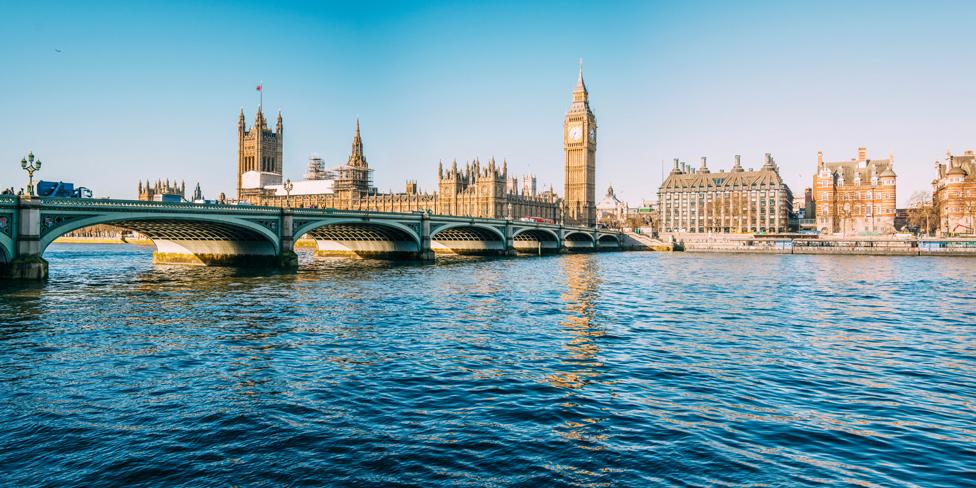 El Elizabeth Tower tiene una inclinación de casi medio metro, según se estableció hace unos años.