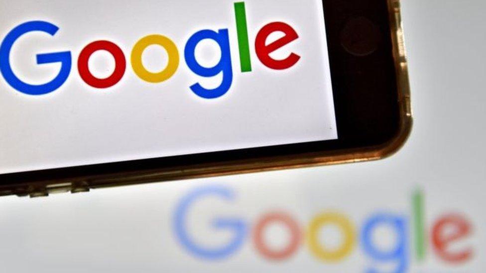 Hay un sentimiento creciente de que Google, Amazon, Facebook y Apple controlarán el mundo de internet sin oposición alguna, según Cellan-Jones.