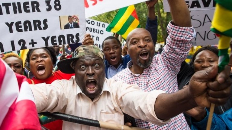 Togo protests: Why are people marching against Faure Gnassingbé?