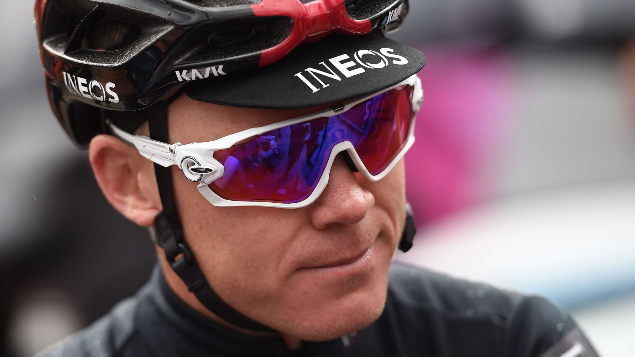 Chris Froome out of Tour de France after fracturing femur, elbow and ribs in high-speed crash