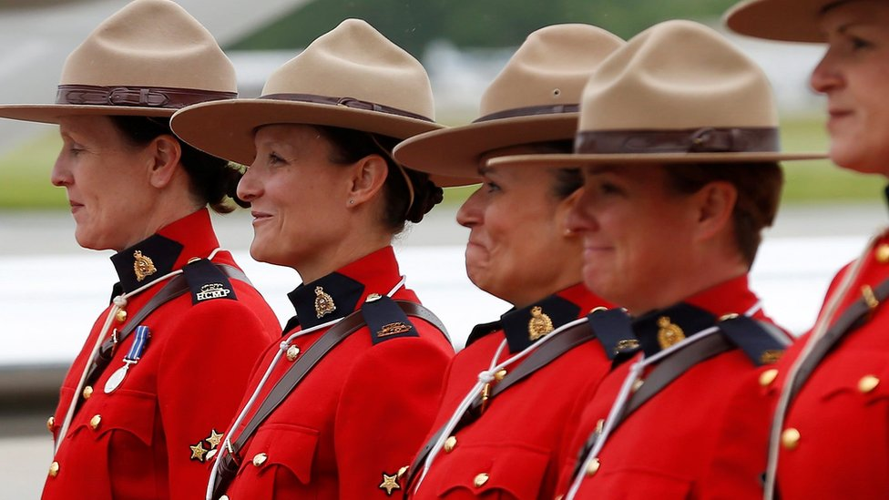Canada's Mounties allow women in uniform to wear hijabs
