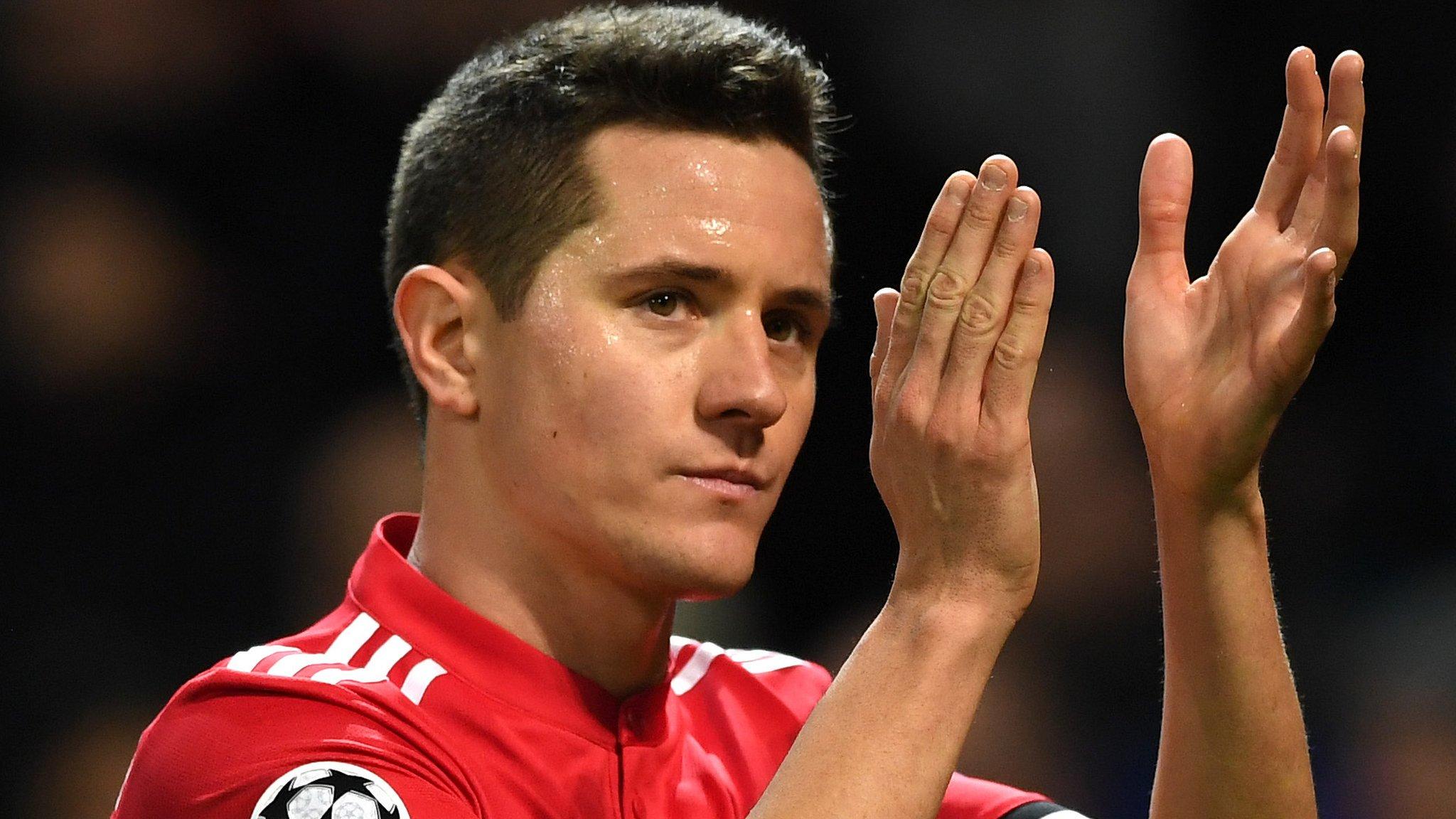 Gossip: Herrera unsure on Man Utd future