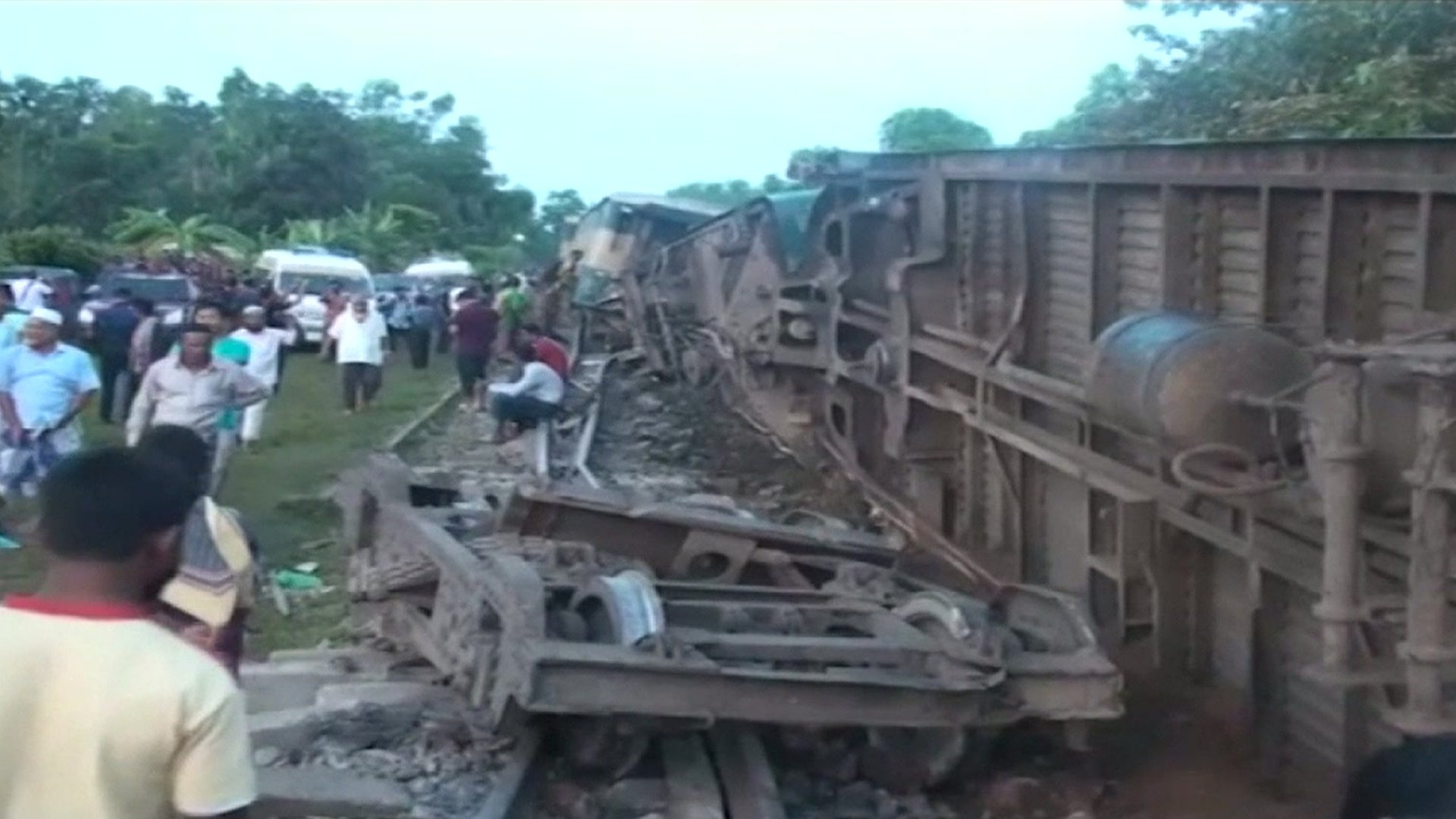 Bangladesh train derailed killing at least five people