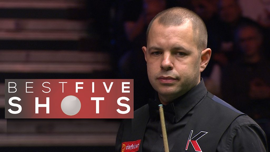 Masters 2017: Barry Hawkins thrashes Shaun Murphy to make quarter-final