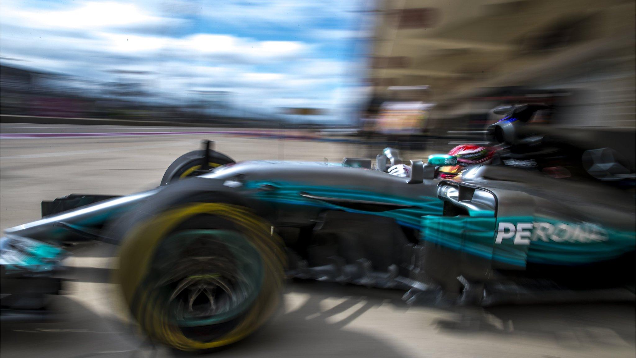 Lewis Hamilton leads Sebastian Vettel in final US GP practice